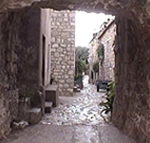 Una via di Mali Ston (Stagno Piccolo), Dalmazia, Croazia. Autore e Copyright: Marco Ramerini