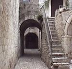 Scorcio di una via, Trogir (Traù), Croazia. Autore e Copyright: Marco Ramerini